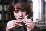 Bella (Jessica Brown Findlay)